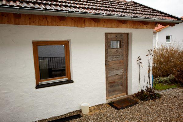 Das Waschhaus befindet sich in einem extra Gebäude, wie es früher üblich war.